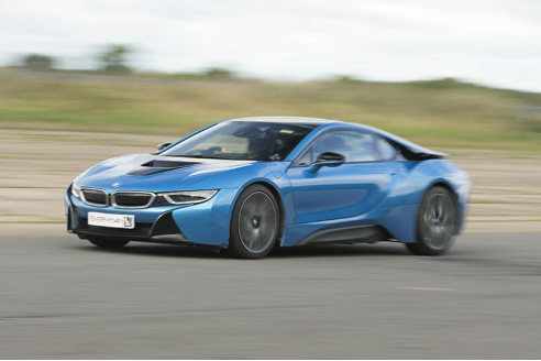 BMW i8 Hot Laps