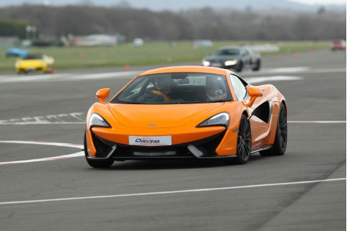 One Car Platinum Taster Inc. Atom Hot Lap