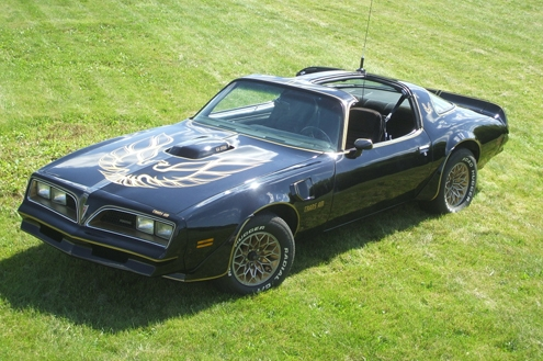 What Car Did Smokey And The Bandit Drive